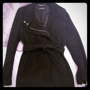 ⭐️Express fitted black Coat ⭐️